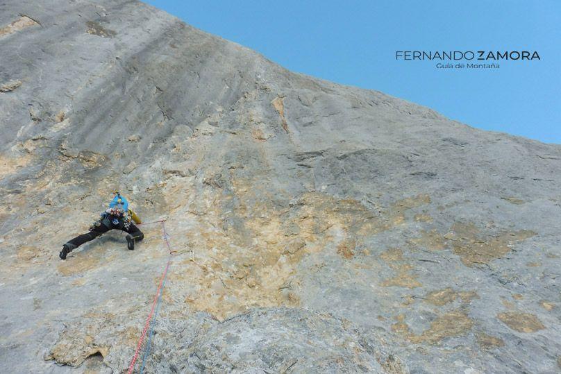 Tercer largo de escalada de la murciana. Picu Urriellu