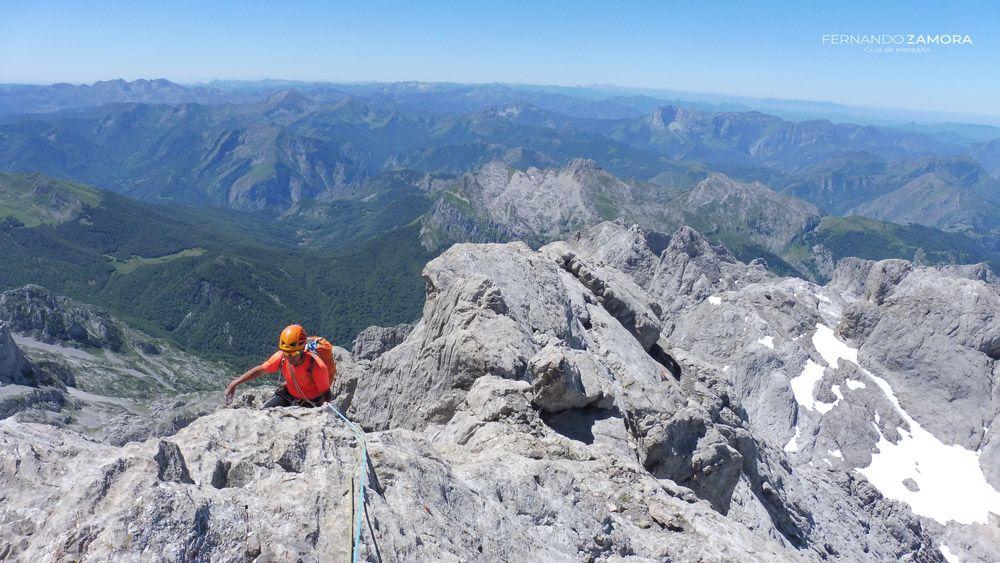 Escalada Picos de Europa con guía