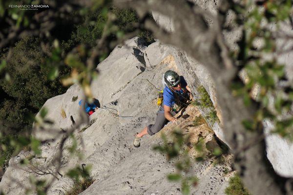 Tercer largo de escalada de cueto valle