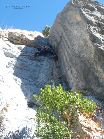 Cuarto largo de escalada del Cueto Valle